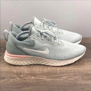 NEW Women's Nike Odyssey React